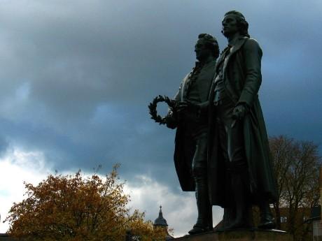 Goethe & Schiller Denkmal in Weimar