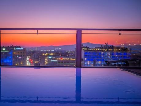 griechenland-athen-novus hotel-sundowner