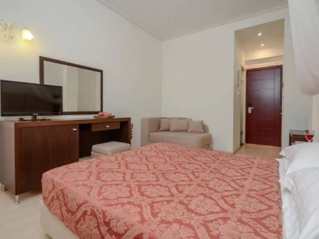 greiechenland-naxos-hotel aeolis-classic