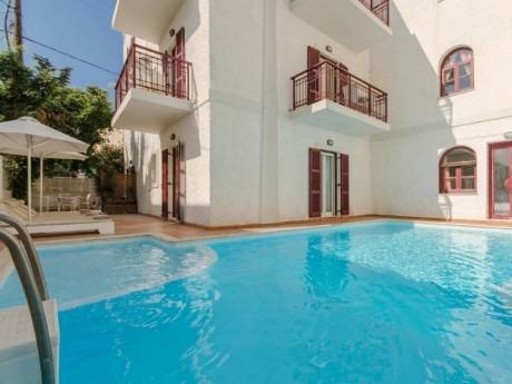 greiechenland-naxos-hotel aeolis-pool